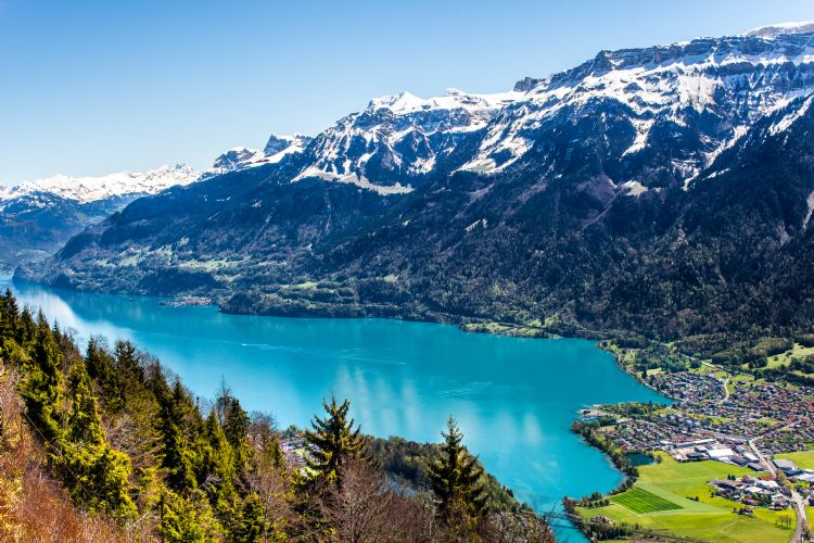 Interlaken et le lac de Brienz