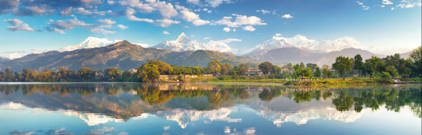 Lac Phewa au Népal