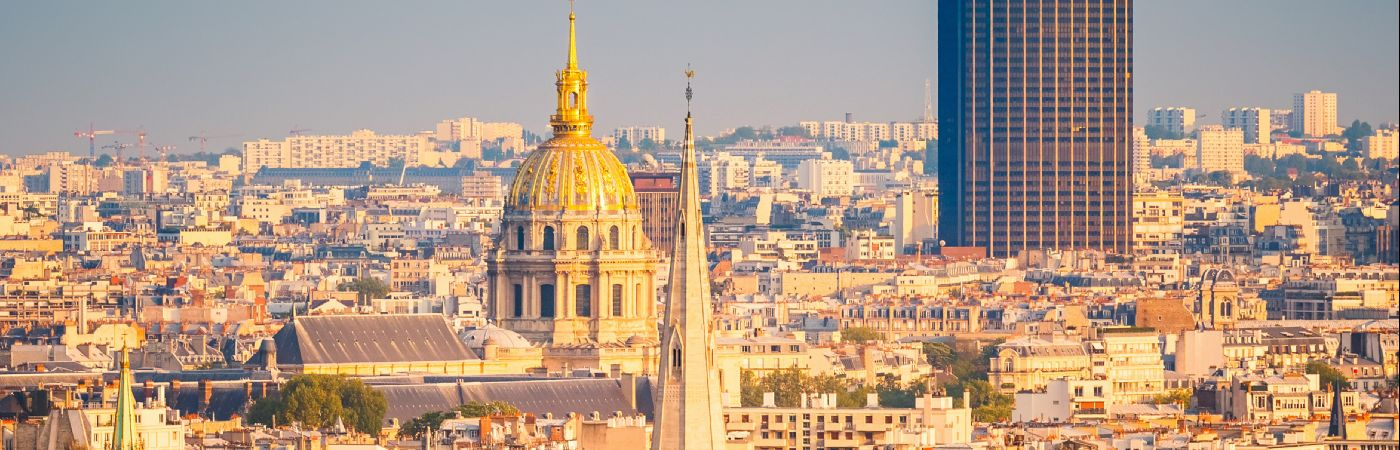 Tour Montparnasse et les Invalides à Paris